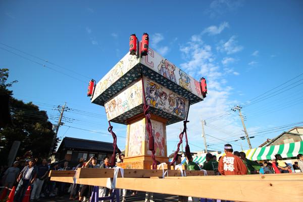 土師祭2014-夕刻の「らき☆すた神輿」