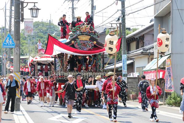 鷲宮八坂祭天王様2015-6