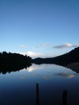 テーマ:月と池