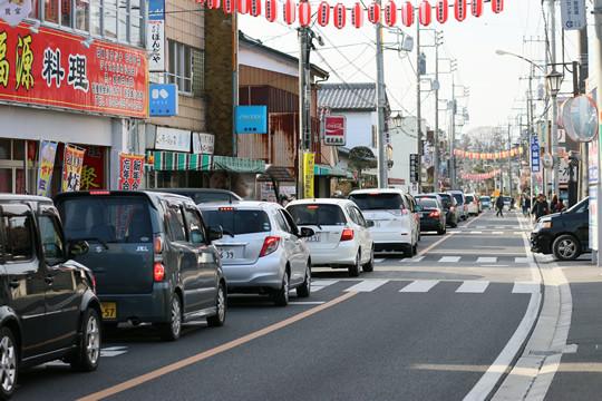 2014年1月日の鷲宮神社門前通りの渋滞列