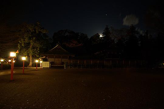 月夜の晩の鷲宮神社