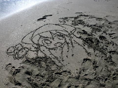 由比ヶ浜のイカちゃん