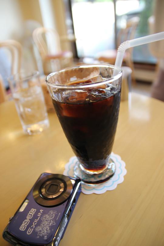 リッシュさんでアイスコーヒーを