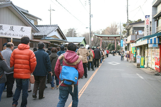 2014年1月3日の鷲宮神社初詣列2