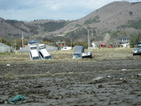 宮城県女川震災被害画像(11年4月3日)02