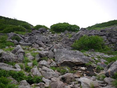 乗鞍への岩場