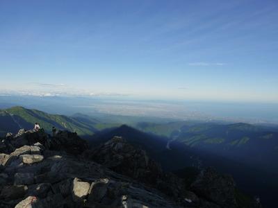 剱岳山頂より富山湾