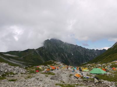 剱沢キャンプ場から剱岳1