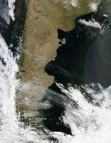 Patagonia_2011010_terra_2km