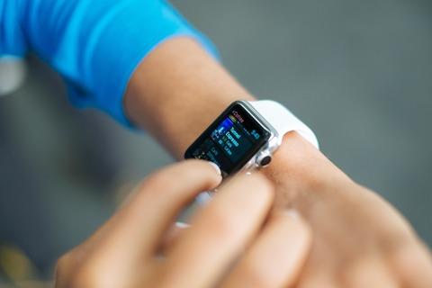 smart-watch-821565_1280