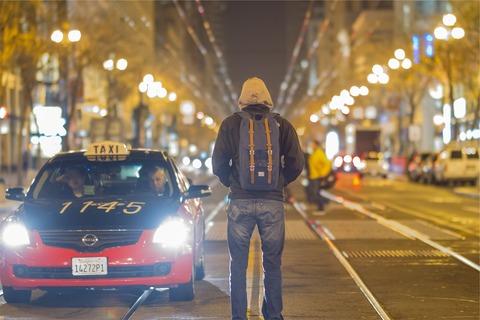 taxi-698662_1280