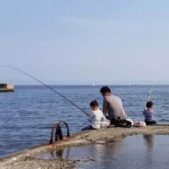 小原正子、またも家族揃って海へ?今度は釣り遊びで批判殺到