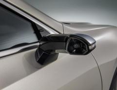 レクサス新型ES300h、カメラ式サイドミラーを量産車初採用