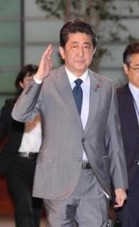 安倍首相、TV生出演で激白「正恩氏、決断せよ」