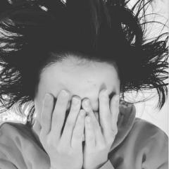 【芸能】島袋寛子、脅威の寝ぐせ披露で夫にノロケも批判殺到「自分に酔ってそう」