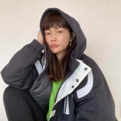 """長谷川京子、スポーティな""""すっぴん顔""""にネット騒然「顔が全然違う」"""