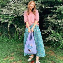 紗栄子、8年落ちのニットと返礼品のエコバッグに称賛の声「エコに繋がってる」