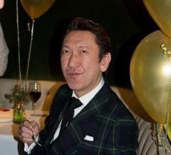 ロンドン在住の布袋寅泰、新型コロナで「いつ日本に帰れるのだろう?」「マスクができないのが1番のストレス」