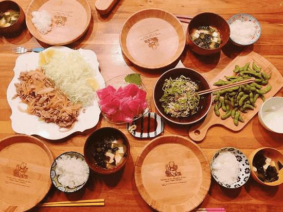 【芸能】木下優樹菜、「ぜんぶ美味しそう」完ぺきすぎる夕食メニューに称賛の嵐
