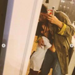 スザンヌ、親子で抱き合うショットに大反響「癒やしでしかない!」