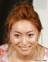 加藤茶の妻・綾菜が介護の試験に合格「一秒でも長く健康に同じ時間を過ごしたい」
