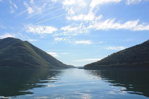 l湖の風景