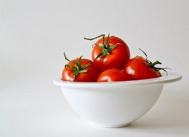 tomatoes-320860_640