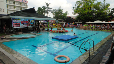 blog-image-angeles-pool-party-wolfpack