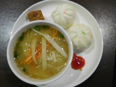 blog-image-Kuala-Lumpur-lounge-food