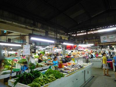 blog-image-Bangkok-market-We-Inn-hotel