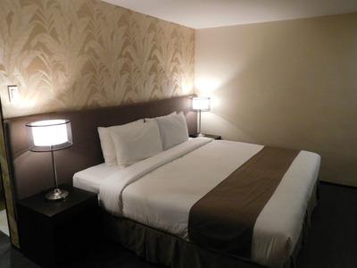 blog-image-Iloilo-GT-Hotel-room