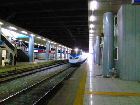 釜山韓国新幹線