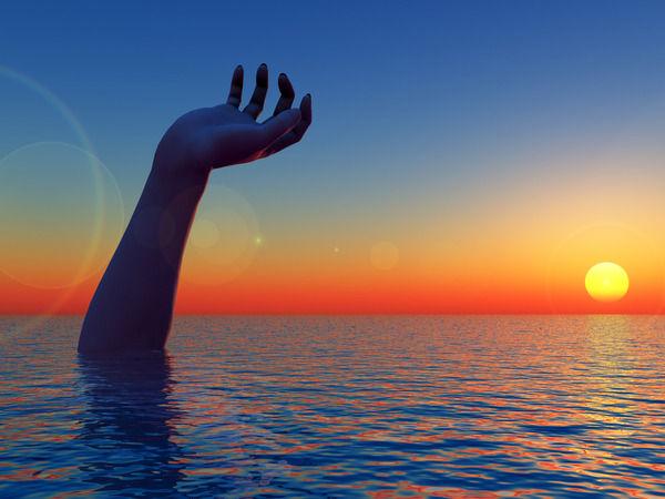 海にまつわる怖い話・不思議な話 『ジャッキ、ありますか?』『金毘羅さんのGJ』『閉所恐怖症になりそうな話』他