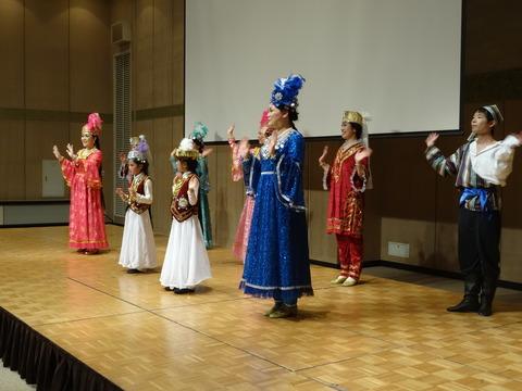 ウズベクダンスショー