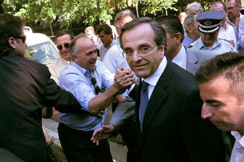 サマラス首相