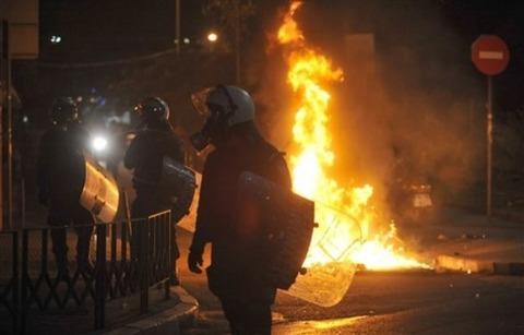 ギリシャデモ行動
