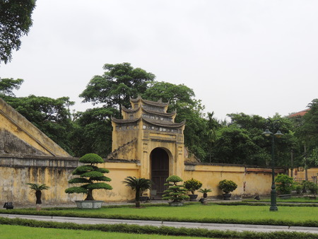 タンロン遺跡