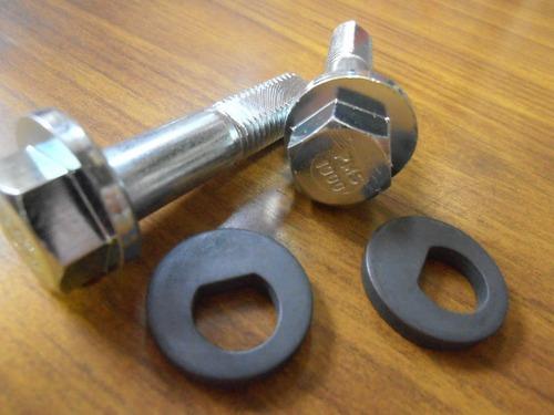 Camber bolt