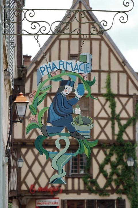 pharmacy-3767550_1280 (1)