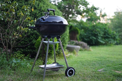 barbecues-1408806_1920 (1)