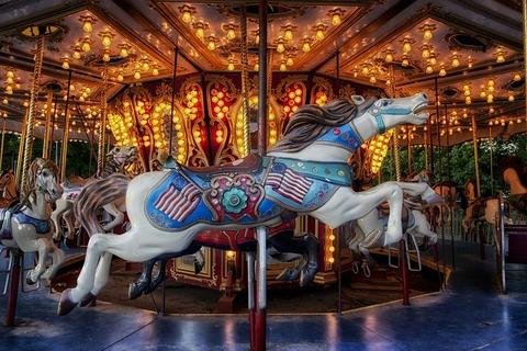 carousel-226687_1280 (1)