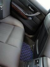 カロマット装着後 後部座席