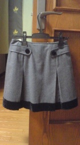 restrose灰色スカート