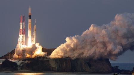 【衝撃】中国メディア「日本が打ち上げている衛星ミサイルは、いつでも弾道ミサイルに変更可能である。」のサムネイル画像