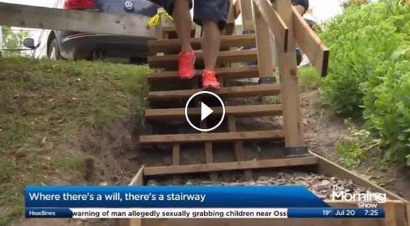 役所「公園の階段を作るのに570万かかります」→ 市民「5万でできました」のサムネイル画像
