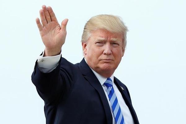 【速報】トランプ大統領、米朝会談直後に来日へwwwwwwwwwwwwwwのサムネイル画像