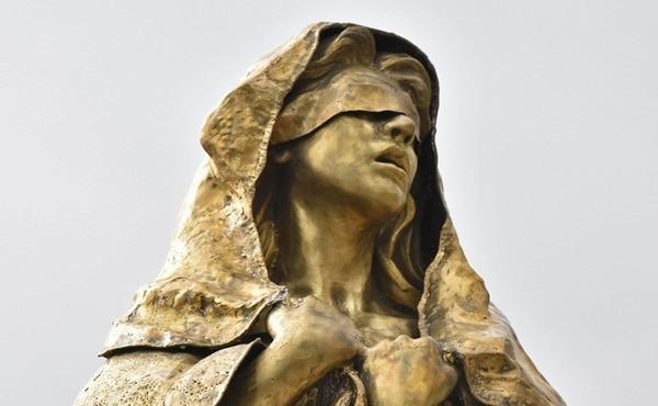 【フィリピン】安倍総理「少女像を撤去して欲しい」ドゥテルテ大統領「表現の自由だから無理」 のサムネイル画像