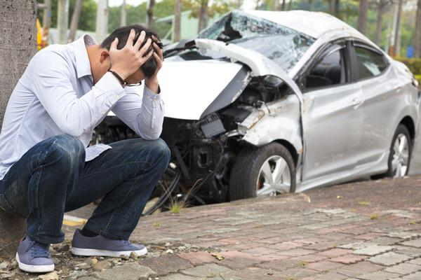 交通事故①