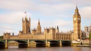 【速報】ロンドンでまたもや歩行者に車両が突っ込む、テロか・・・のサムネイル画像