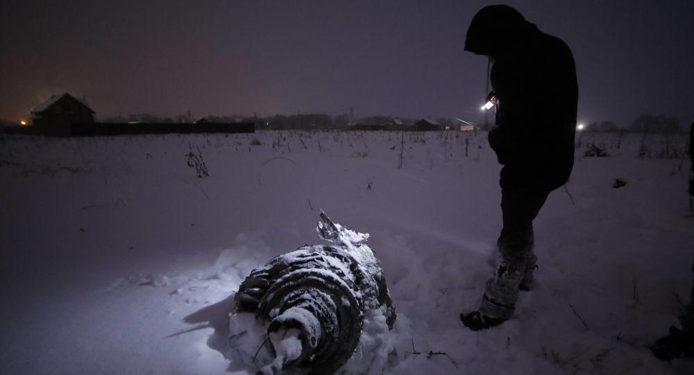 【衝撃】モスクワ旅客機墜落事故。墜落の瞬間の映像が公開される・・・のサムネイル画像